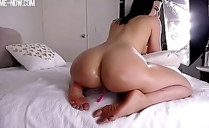 big booty girl riding, you'_ll love her soles