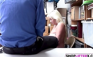 Cutie Suspect Daisy Lee Gets Nailed By Detective