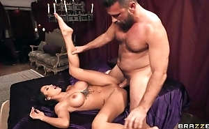 Latina diva nailed by hung stranger during party